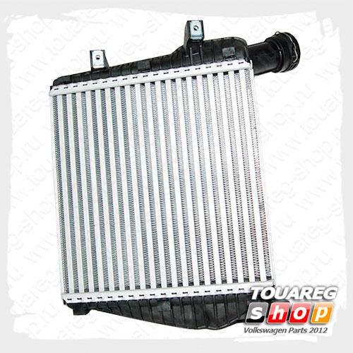 Охладитель наддува воздуха интеркулер правый VAG 7P0145804B