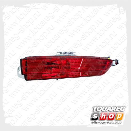 Светоотражатель заднего бампера правый VAG 7P6945702C