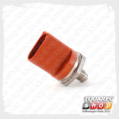 Датчик давления топлива VAG 06J906054B