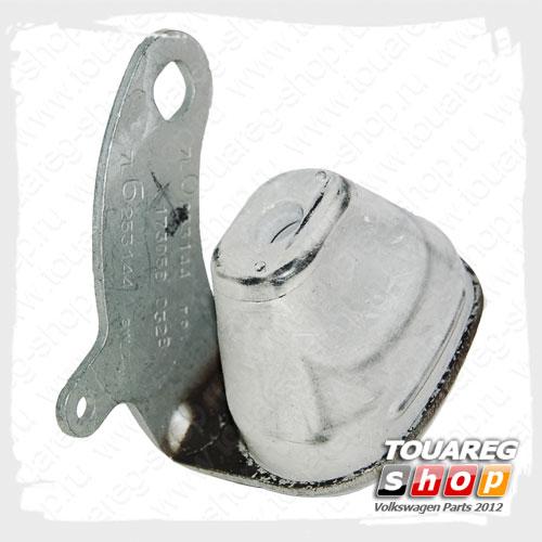Кронштейн крепления глушителя передний правый VAG 7L6253144