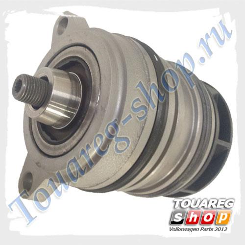 Насос системы охлаждения (помпа) VAG 070121011D